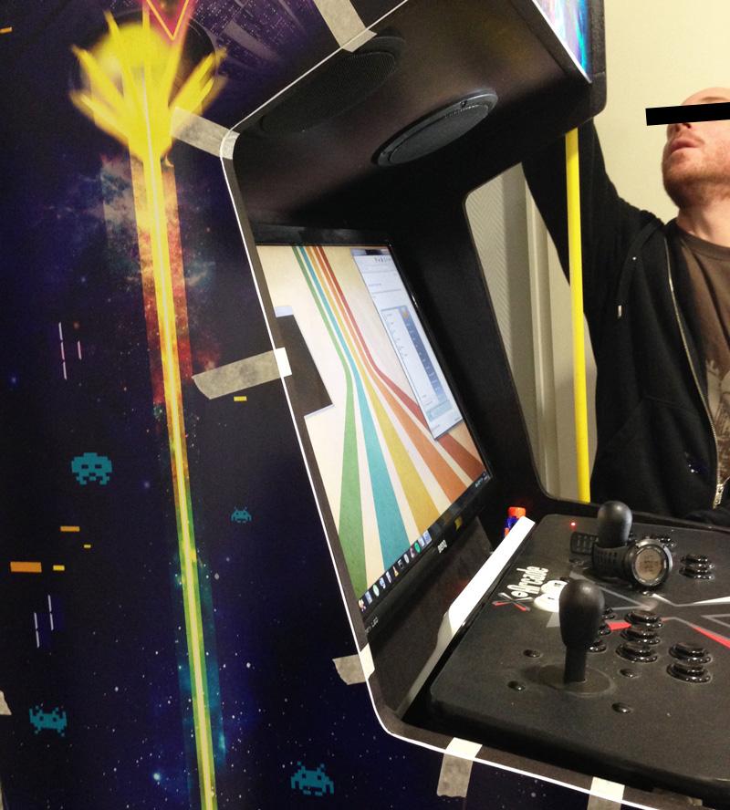 borne arcade pose